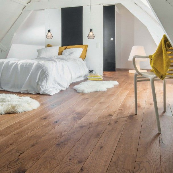 Chambre cocooning réchauffée par le parquet flottant  - parquet flottant special salle de bain
