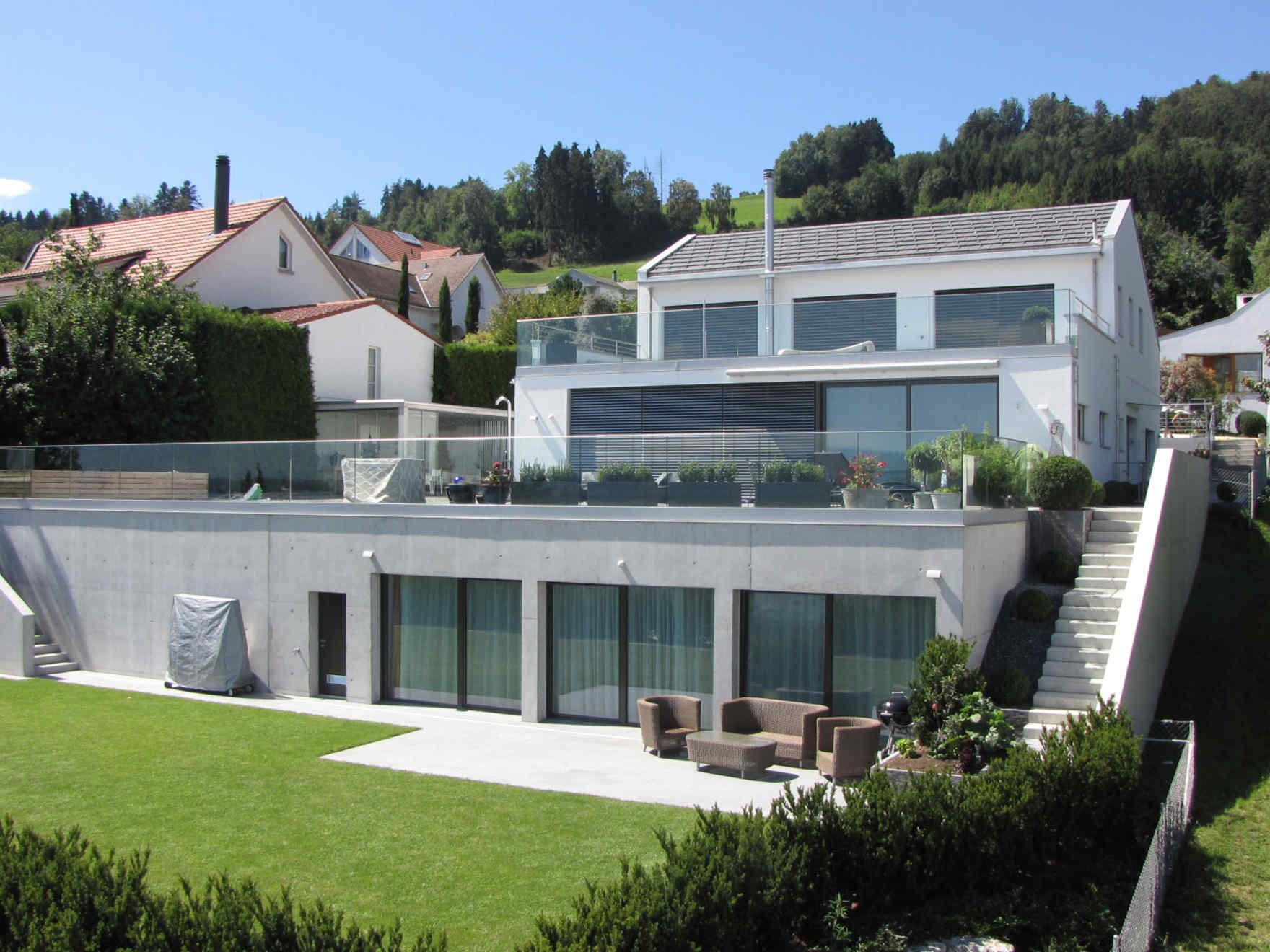 Vario haus architects villa white terraces for Architektur klassisch
