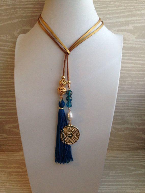 927dff42d83a Lariat metalico Padre Nuestro azul turquesa y por CaroAccessories  collares