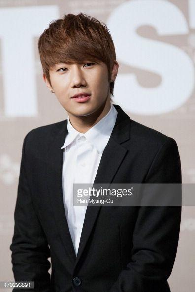 Fotografía de noticias : Sung Kyu of South Korean boy band Infinite during...