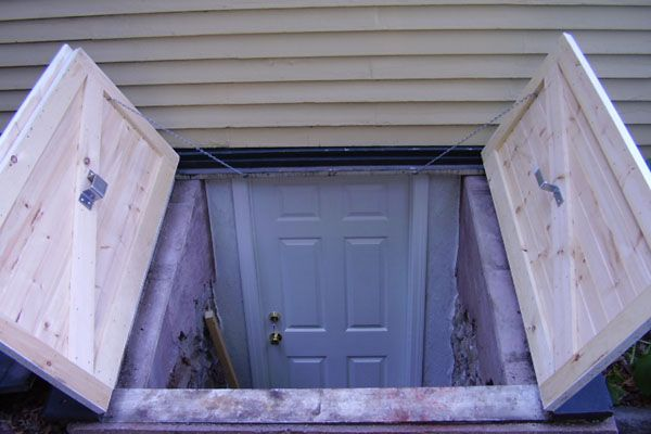Bulkhead doors for exterior backyard basement outdoors for Walkout basement door options