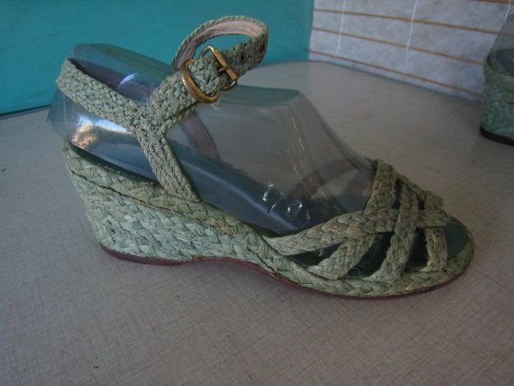 Rare GREEN RAFFIA Wedges Sandals Shoes Vintage 40s by Flipsville, $75.00