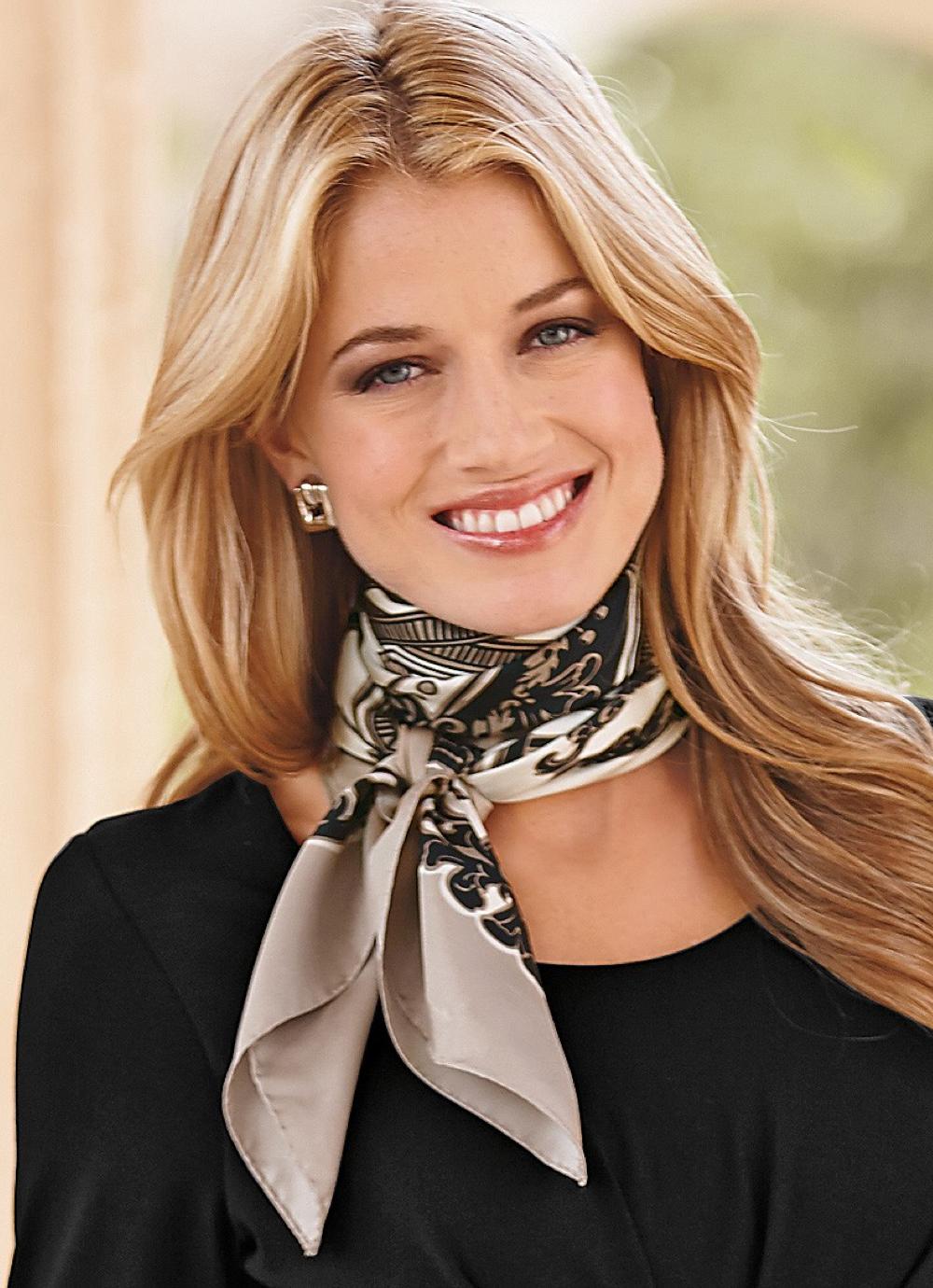 Tied neck scarf Add Sinchi - Be Chic... www ...