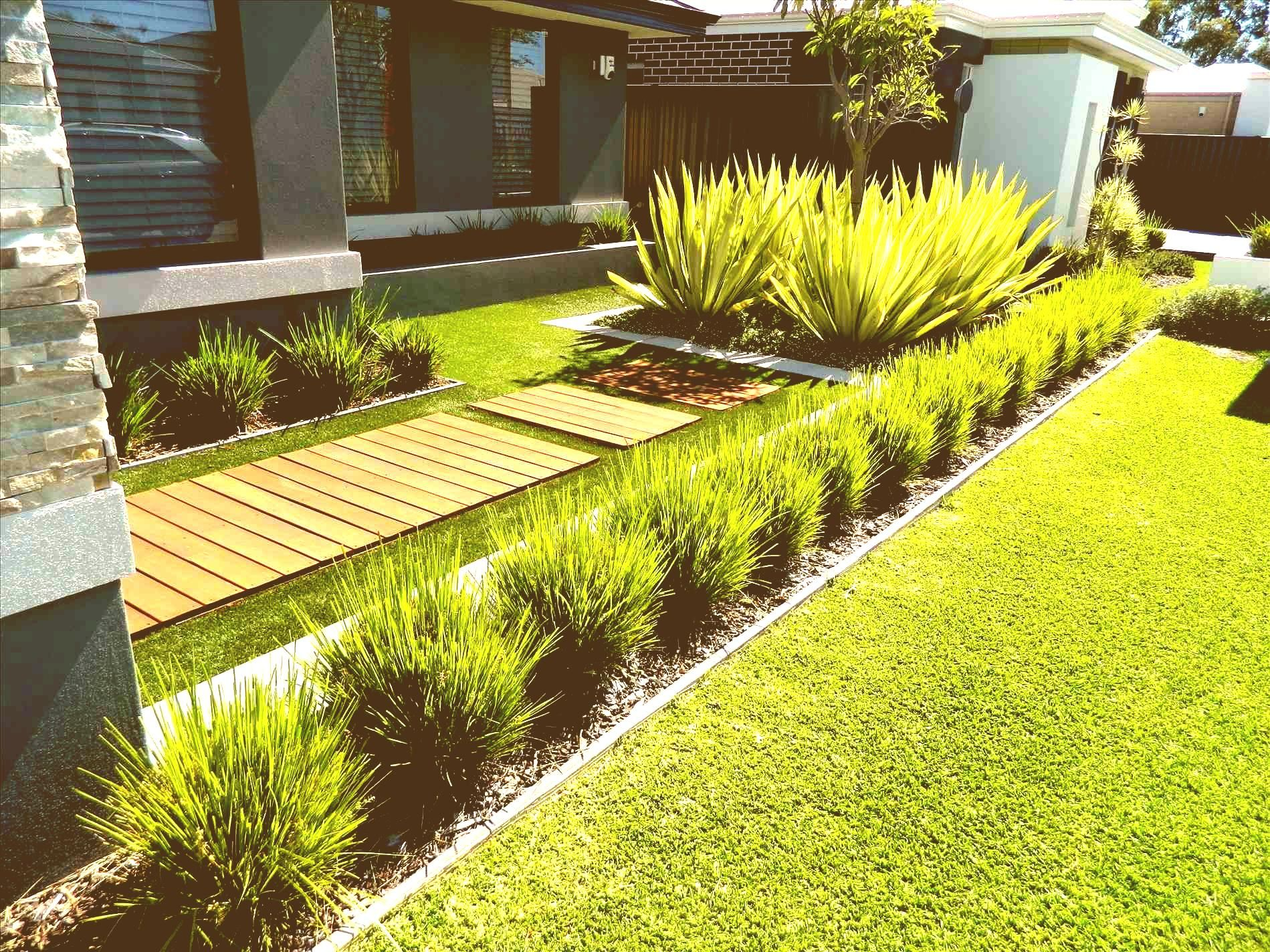 Easy Front Yard Landscaping Ideas For Gallery With Pictures Of ...