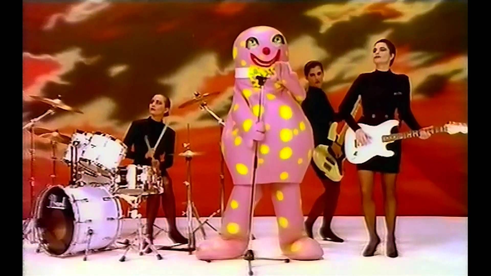 Christmas Number 1 2020 Mr Blobby Music Video [1993 Christmas Number 1] in 2020