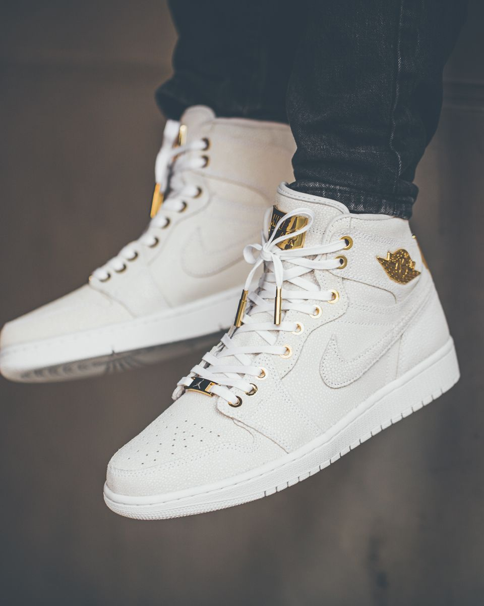 2ec82d104d89 Nike Air Jordan 1 Pinnacle (via Solebox)