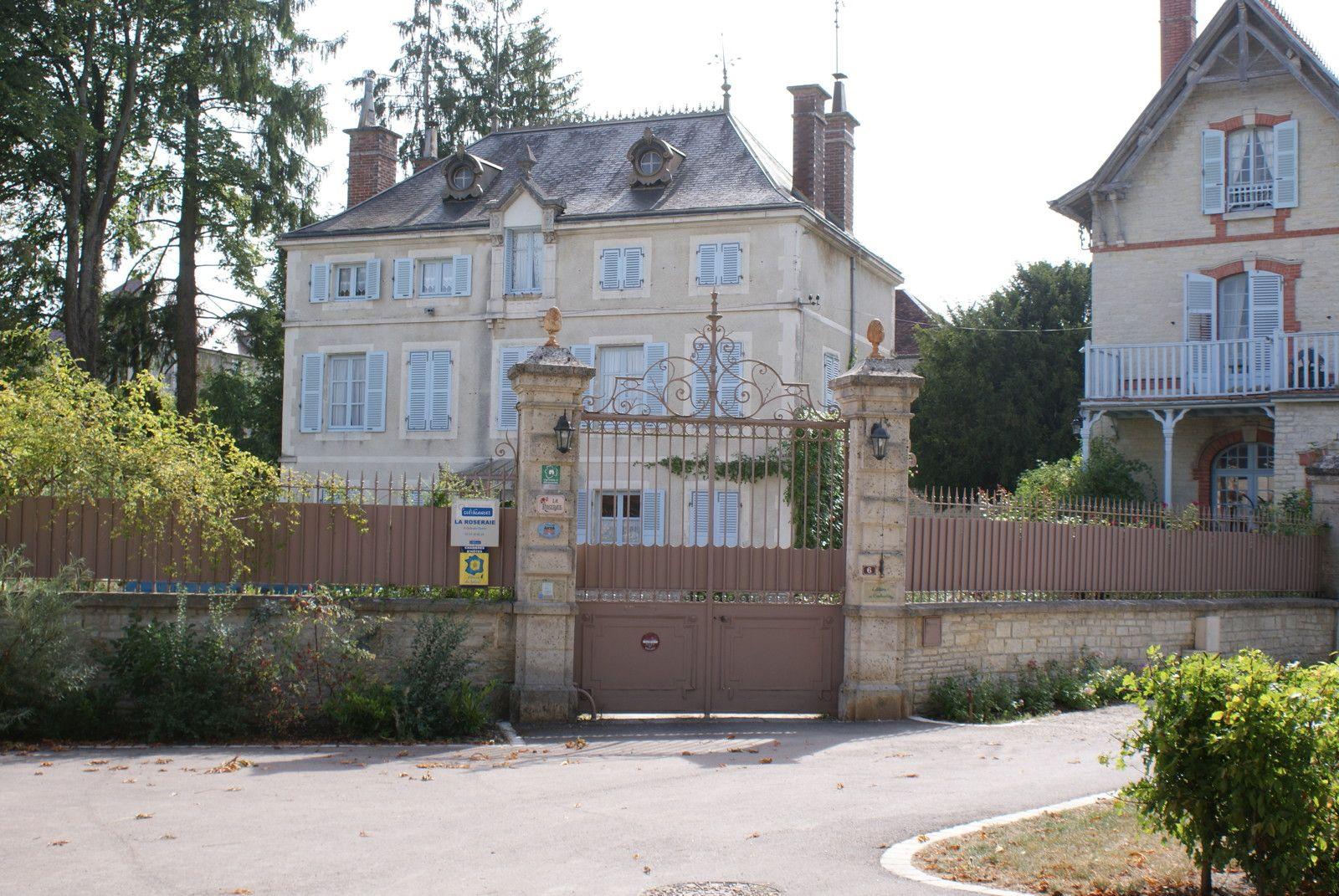 Arrivée à La Roseraie à Essoyes En Champagne (FRANCE) Chambre Du0027hôtes De  Charme