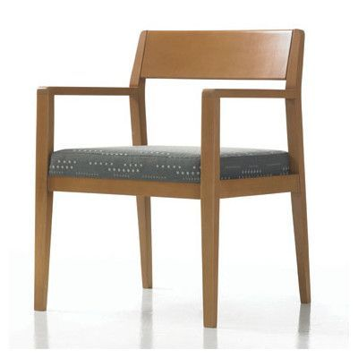 Exceptional Studio Q Furniture Hayden Guest Chair With Sytex Seat Support System  Finish: Amber Cherry,