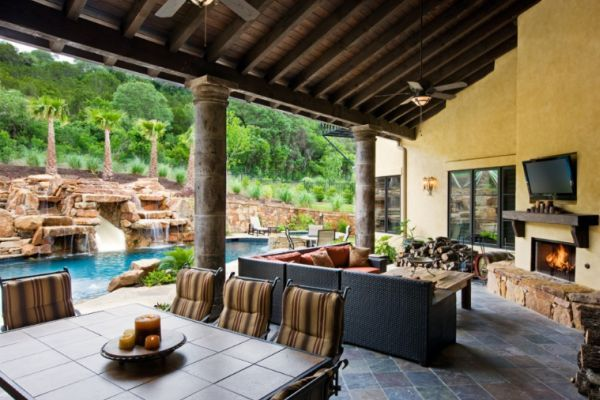 Image gallery inexpensive outdoor living spaces for Cost of outdoor living space