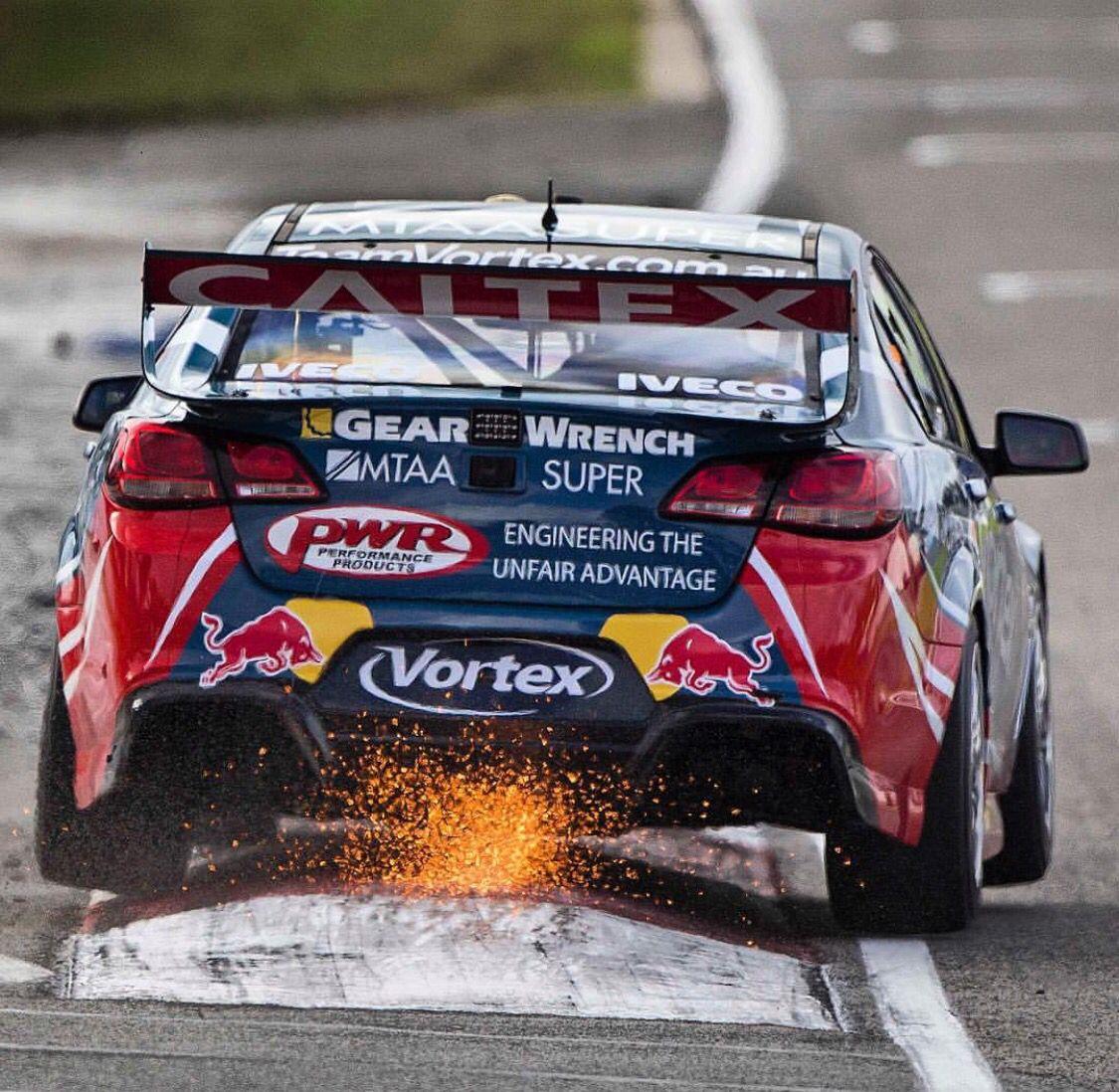 Barbagallo Raceway Super cars, Australian v8 supercars