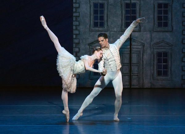 Review American Ballet Theatre S New Nutcracker Makes An Old Tradition Feel Young American Ballet Theatre Ballet Nutcracker Ballet