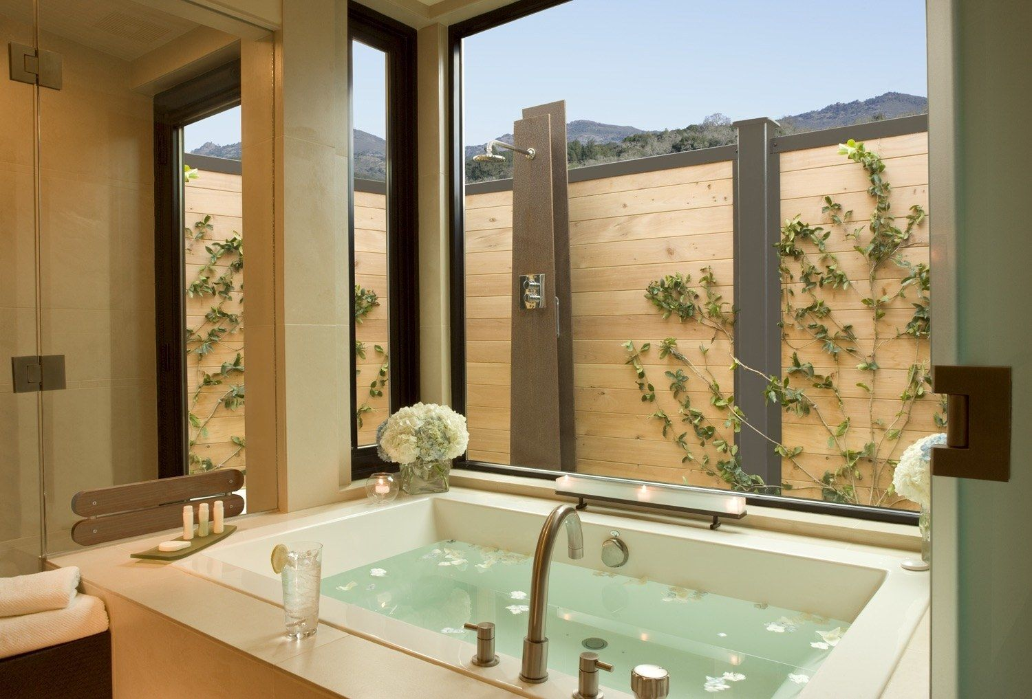 Most Tranquil Outdoor Showers In The World Napa Valley Spa Napa