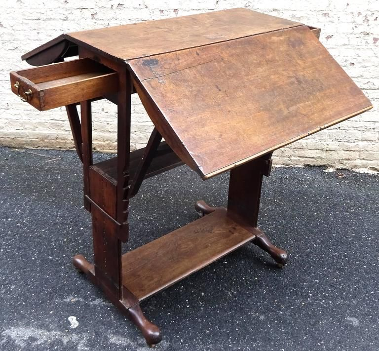 Exceptional Rare Early 18th Century English Walnut Industrial Drafting Table For Sale 4 Industrial Drafting Tables Drafting Table Work Table