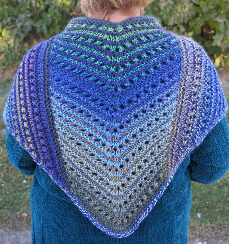 Free Knitting Pattern for Simple Lace Shawl | boy baby shower ...