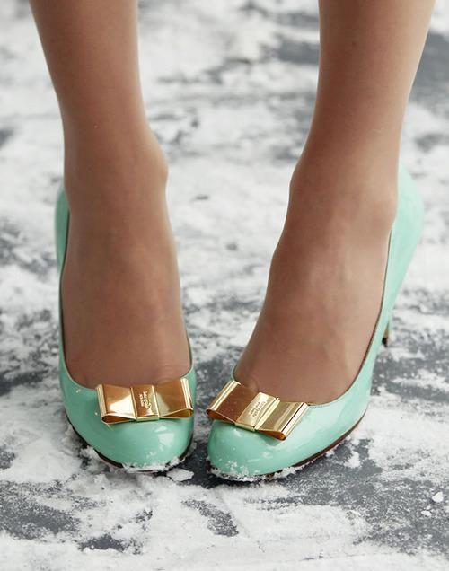 style femme chaussures Escarpins vernis vert