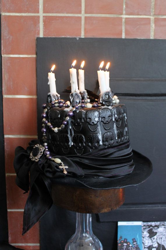 Baron La Croix' Top Hat. - Skull Embossed Leather Funerary Top Hat - Size S