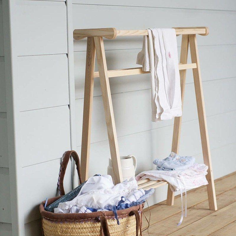 porte-serviette bois mural, échelle ou sur pied en 45 idées
