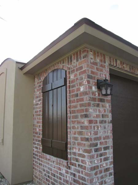 The Faux Window W Shutters Claymex Portogalo Antique Brick