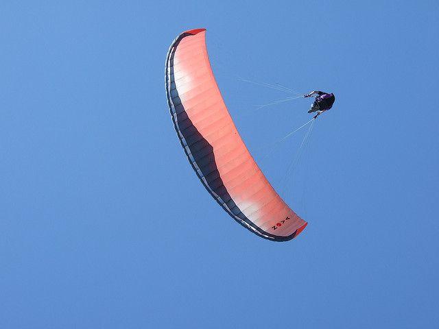 Paragliding at Olu Deniz by Fields of View, via Flickr