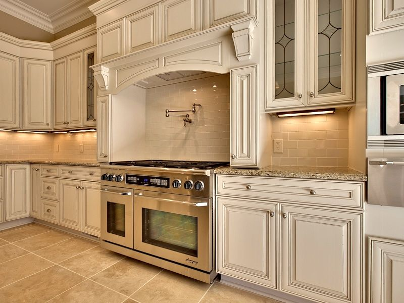 Traditional Kitchen With Crown Molding Daltile Rittenhouse Square Almond 3 In X 6 Ceramic Wall Tile L Shaped