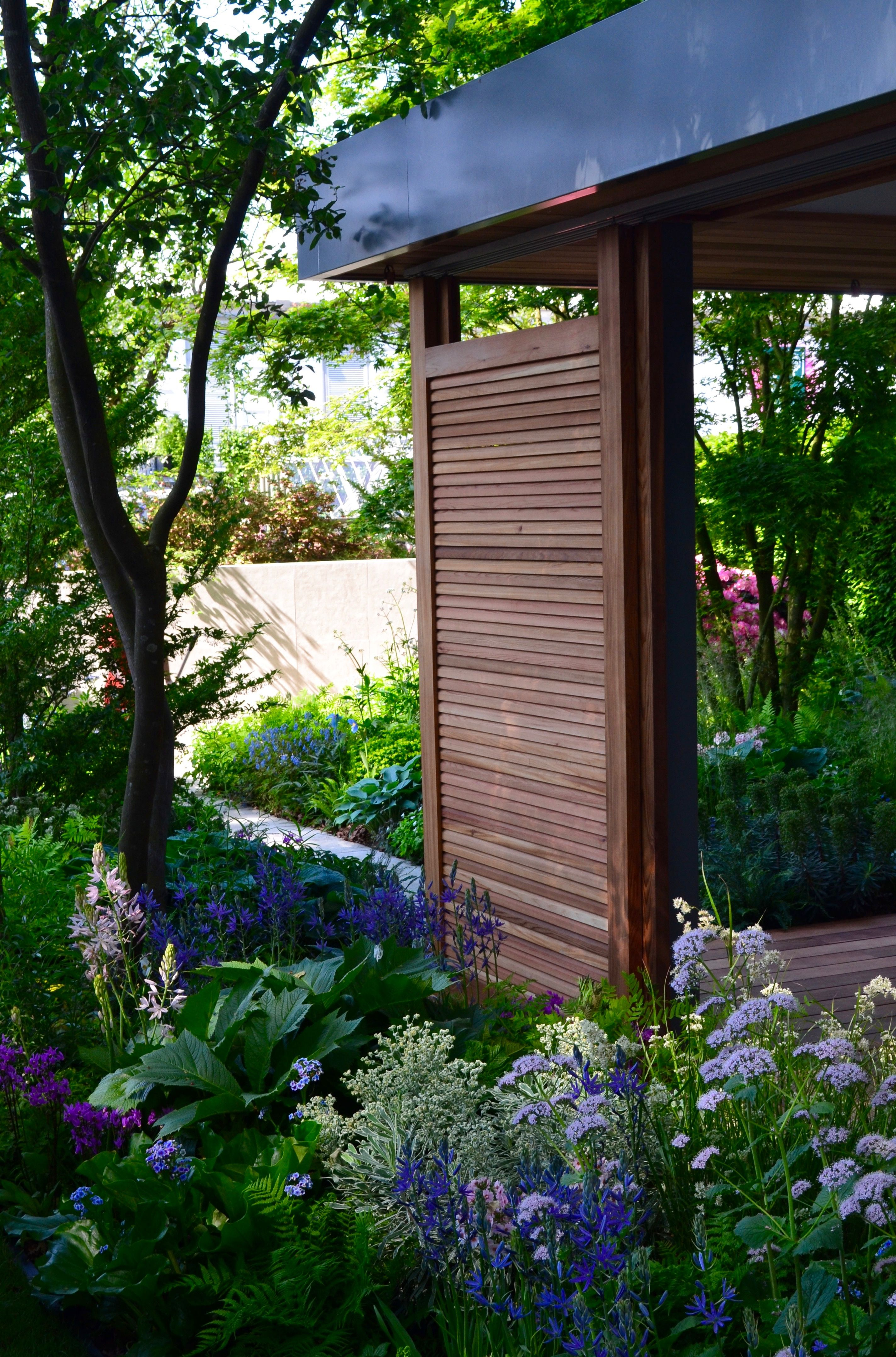 the best show garden award at the 2018 rhs chelsea flower show goes