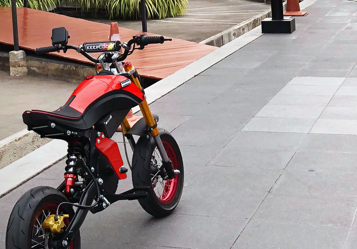 Electric Motorbike Mighty Boy From Thailand Costs 1700 Usd