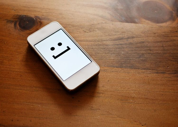 4 Apps to Step Up Your Emoji Game   ❂ Fonts & Typography