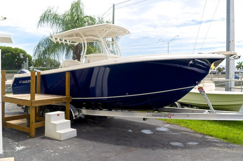 New Sailfish 270 Cc Center Console Boats For Sale In West Palm Beach Vero Beach Fl Center Console Boats Center Console Fishing Boats Sport Fishing Boats