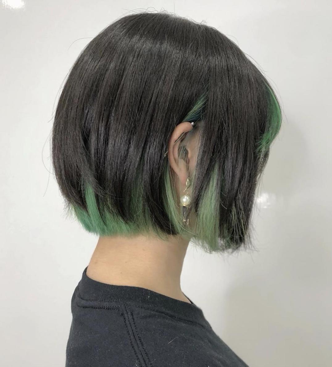 髪色 髪型 ヘアカラー トレンドヘア アッシュ グリーン 緑