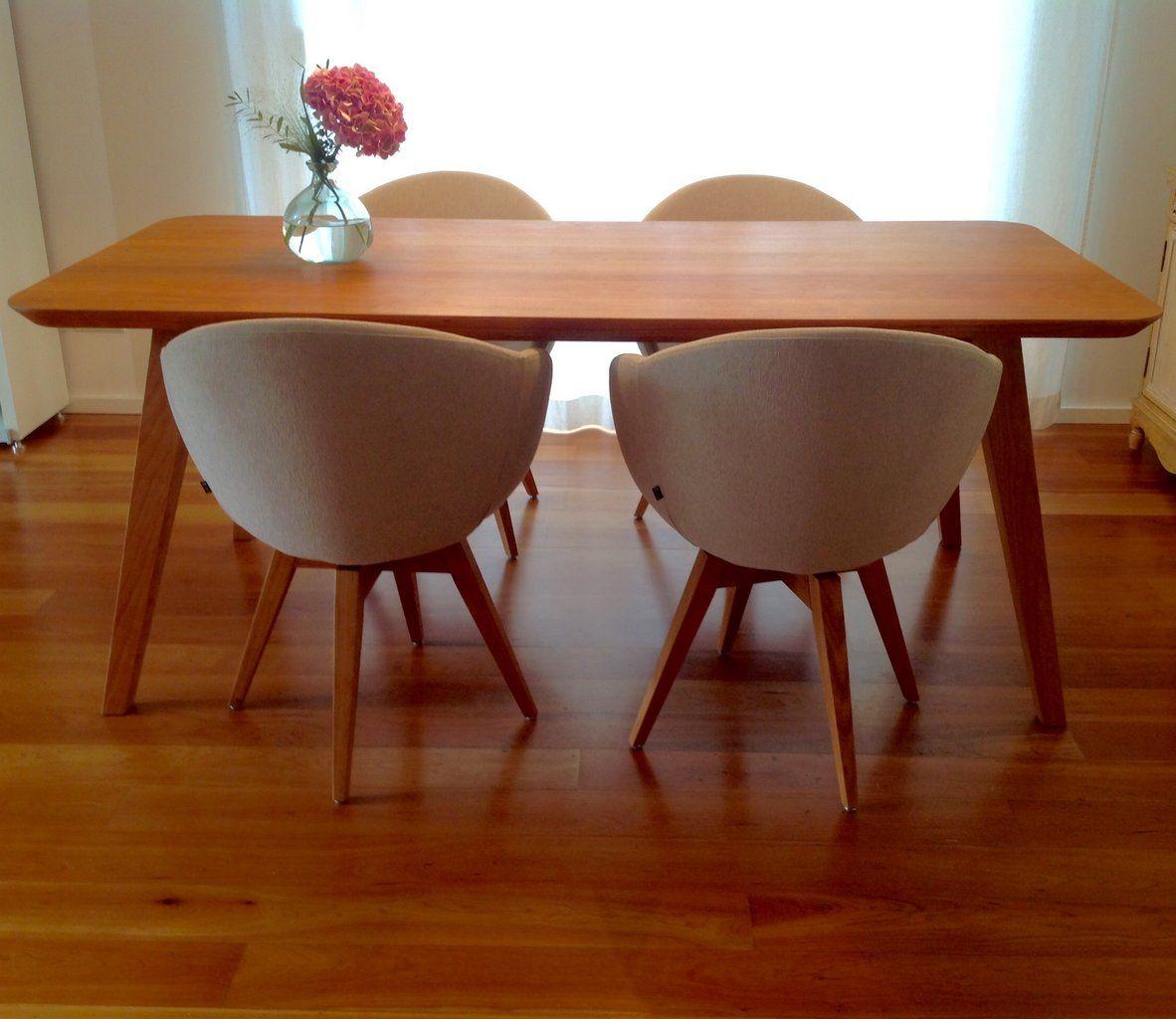 Tisch Talos im Retrodesign aus massiver amerikanischer Kirsche mit 4 ...