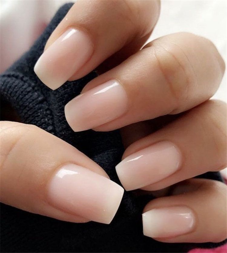 Are You Looking For A Nails Designs For Summer Here We Have Collected Some Beautiful Elegance Ideas Of Summer Natur Shiny Nails Polish Light Pink Nails Nails
