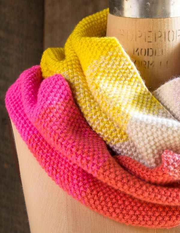 purl bee gradient cowl. love that it transitions from color to color ...