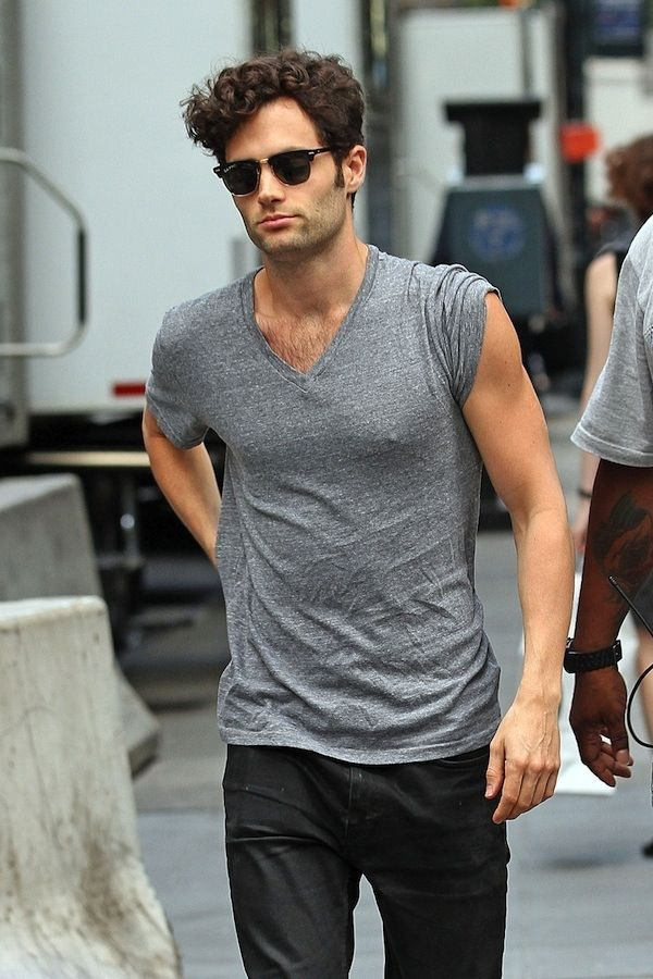 Penn Badgley Is Perfection Someone Give Me Dan From Gossip Girl Plz