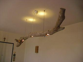 Il mare ti regala un tronco? Fatti un lampadario!