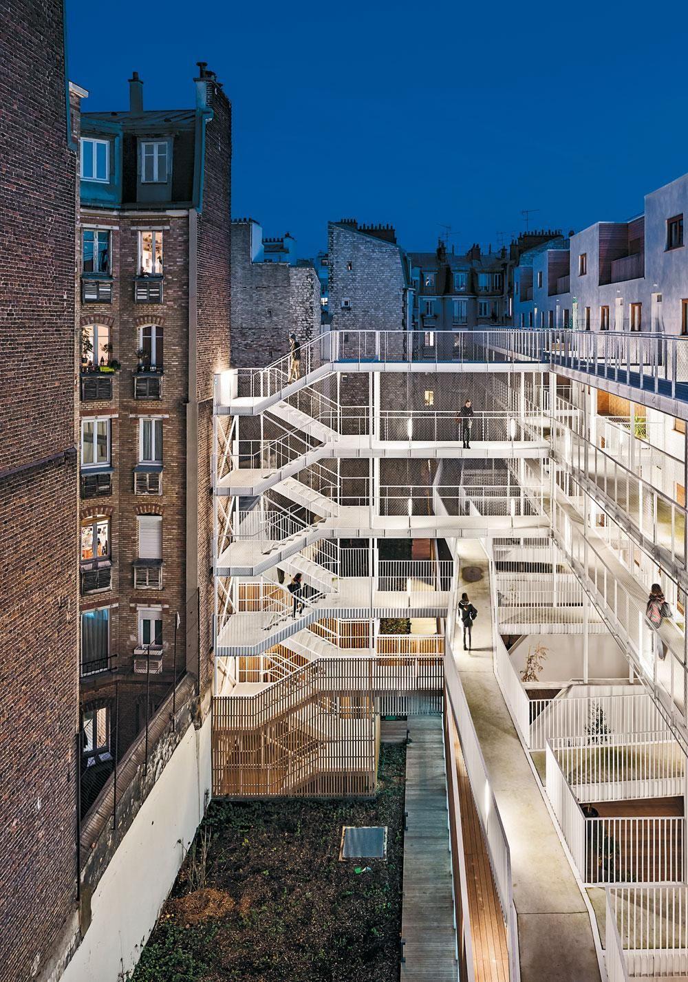 Sozialwohnungen mit Sporthalle in Paris DETAIL