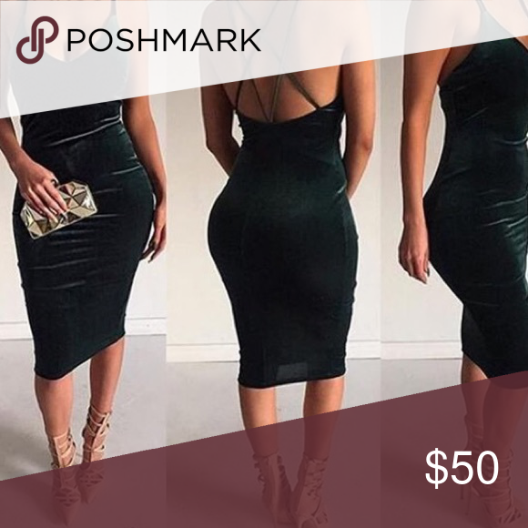 New sexy emerald green velvet body con dress New sexy emerald green velvet body con dress. Size Medium. Dresses Midi