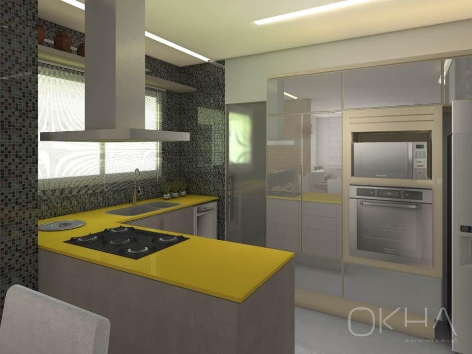 Cozinha com bancada amarela