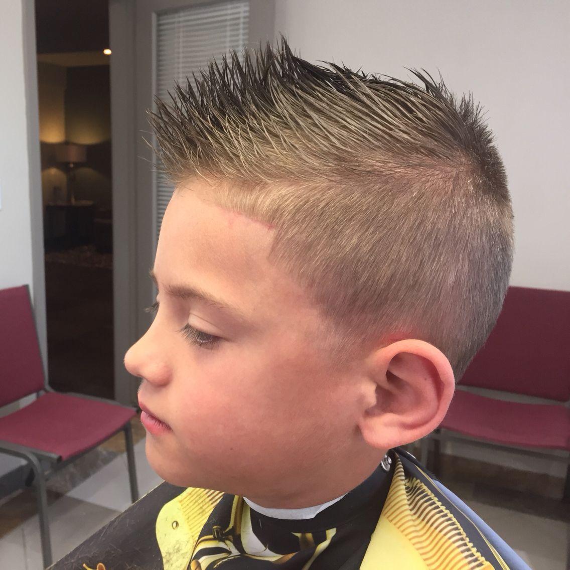 Fohawk Haircut Kidshairstyle Barber Shears Kids Hairstyles Fohawk Haircut Barber Haircuts