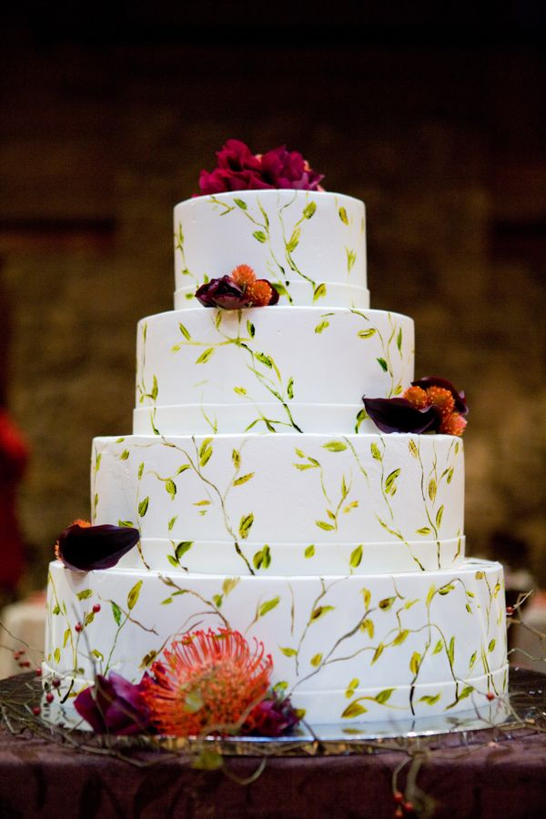 wedding cakes in lagunbeach ca%0A painted leaf wedding cake    photo by Rachel Thurston