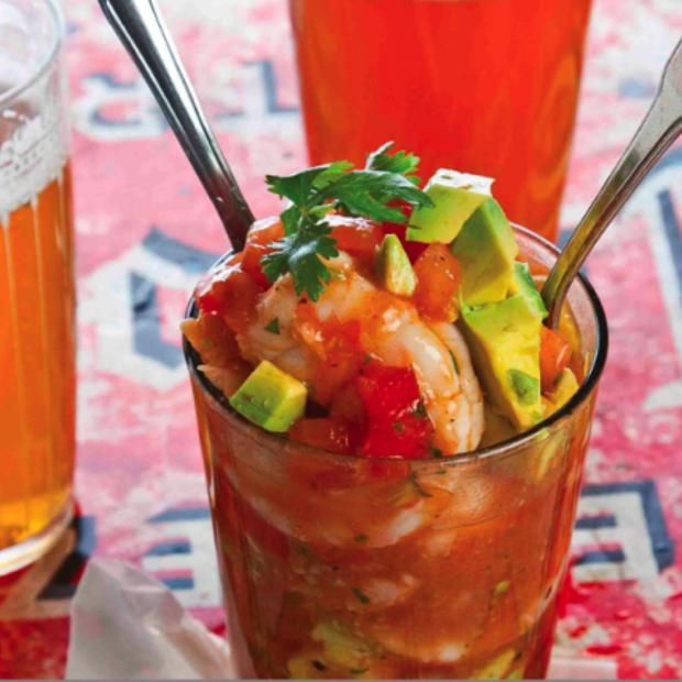 Mexican Shrimp Cocktail Recipe #mexicanshrimprecipes