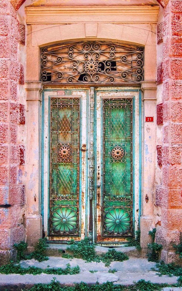 отличие самые красивые двери в мире фото горжусь