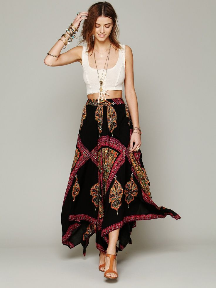 crop tops and maxi skirts | Crop top and high-waisted maxi skirt ...