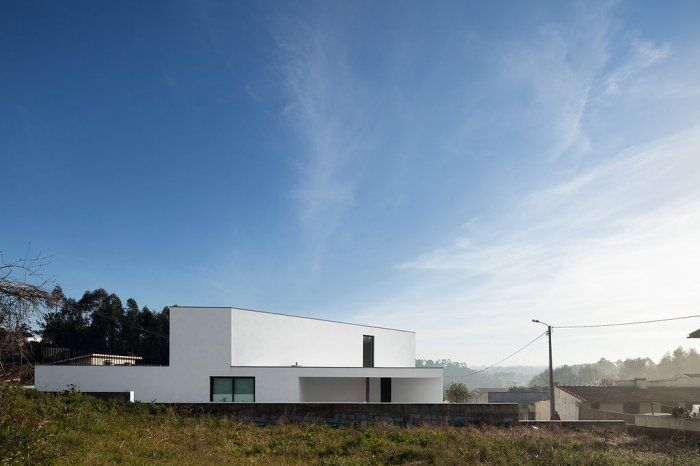 Arrifana House / Pedro Henrique