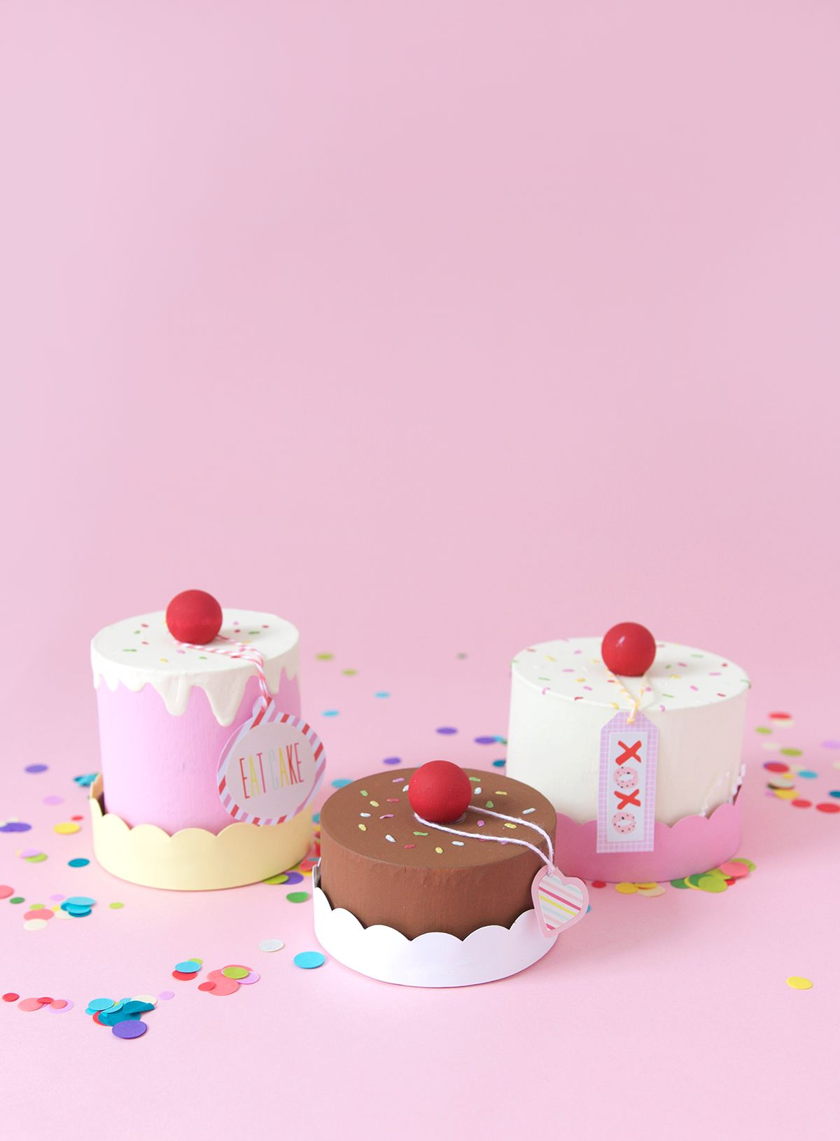 Easy Diy Paper Mache Cake Box Damask Love Diy Paper Paper Mache