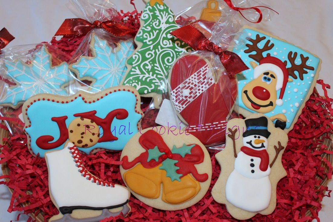 Assorted Christmas cookie basket