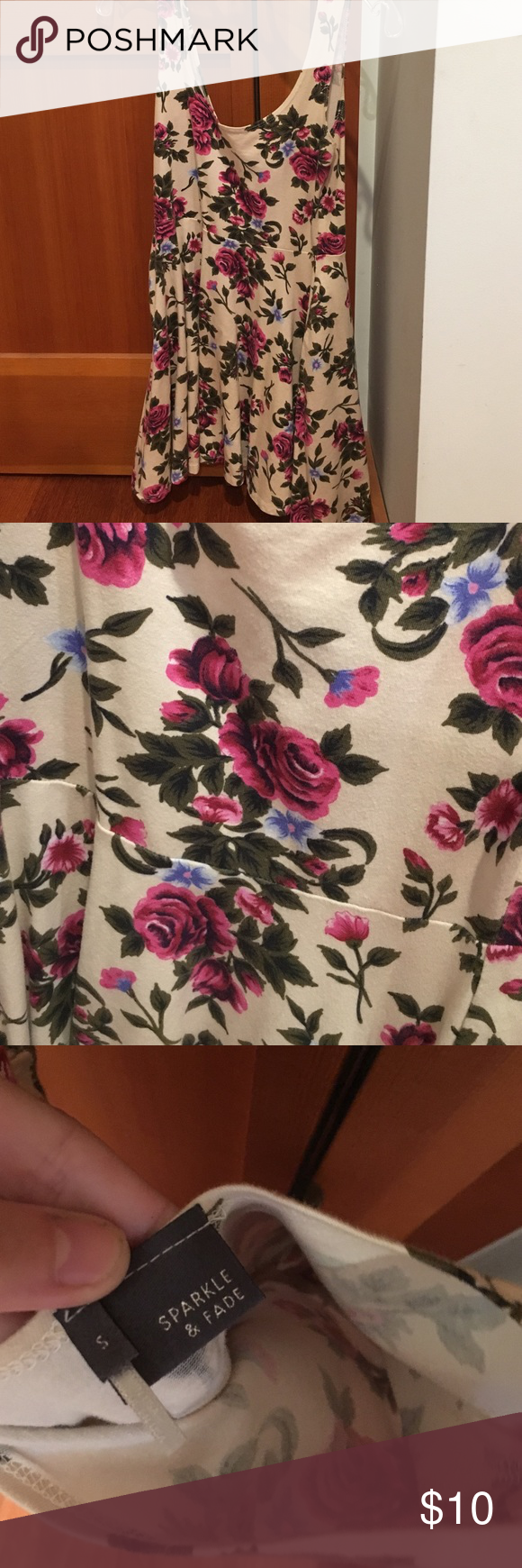 Urban outfitters dress! Like new floral urban outfitters dress! only worn twice! size small Urban Outfitters Dresses Mini