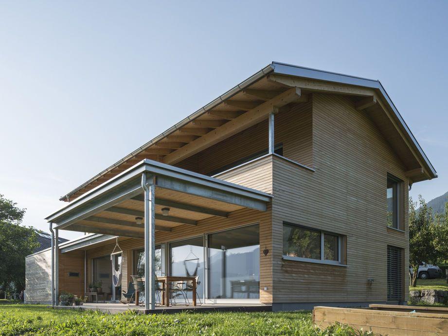 Einfamilienhaus Röns modern Holzbaumoderne Architektur