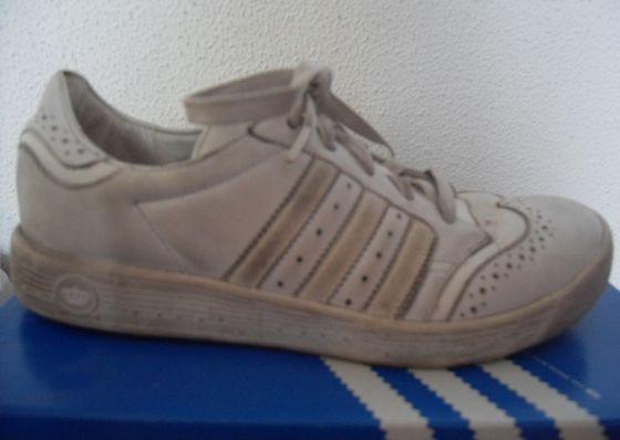 Tämä kenkä