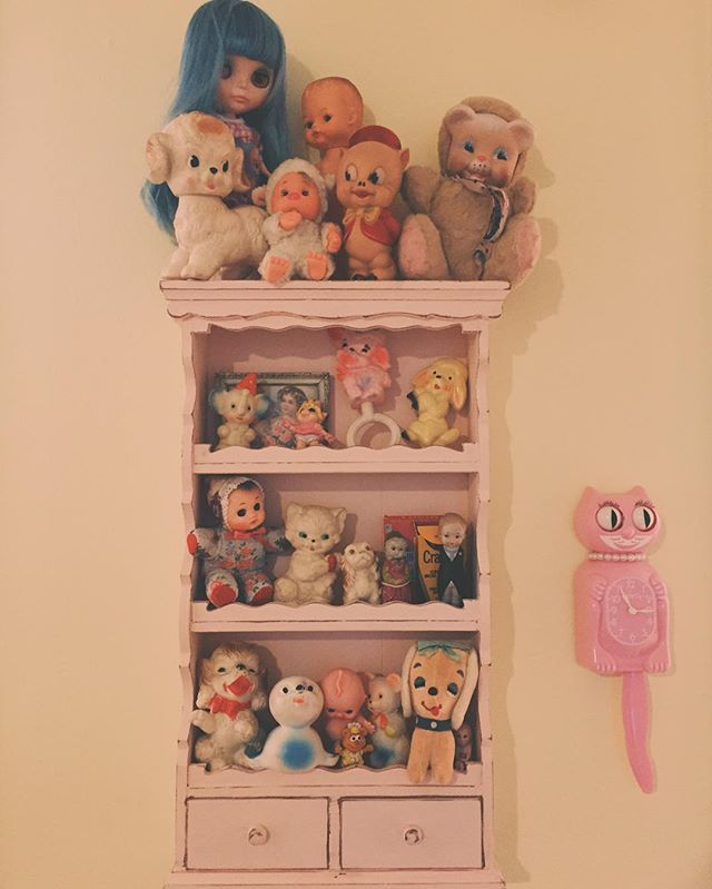 Vintage toys stuff doll face dream bedroom melanie martinez live dollhouse room decor ideas bedrooms also betsy frost badgirlbetsy on pinterest rh