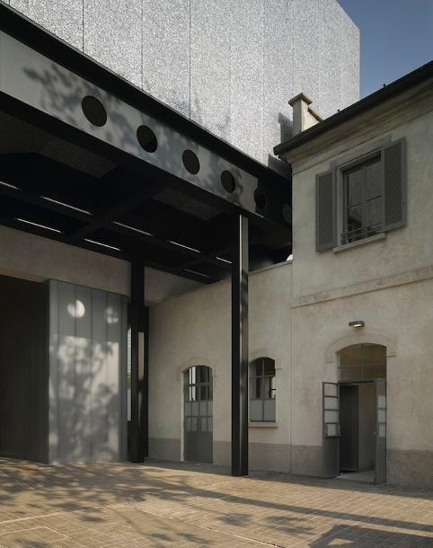 Fondazione Prada van OMA geopend - nieuws - nieuws - de Architect